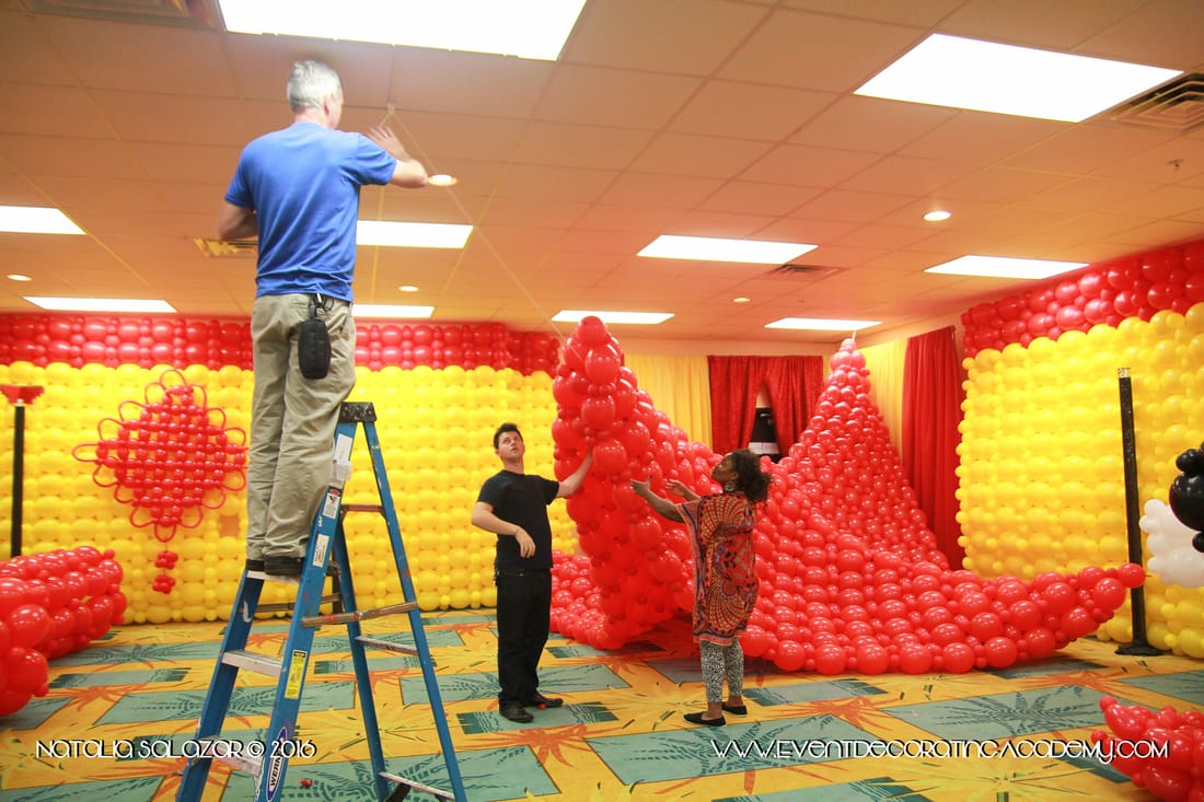 Designer Booth Camp The Art Of Balloons